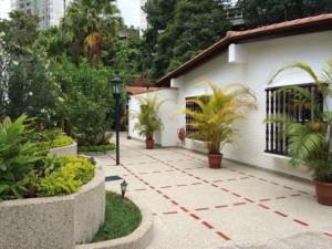 Casa En Ventaen Caracas, Los Geranios, Venezuela, VE RAH: 15-7809