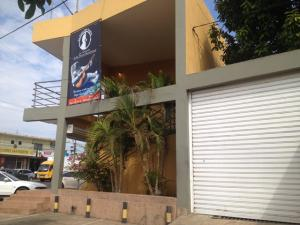 Edificio En Ventaen Municipio San Francisco, Sierra Maestra, Venezuela, VE RAH: 15-8175
