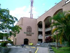 Local Comercial En Ventaen Caracas, Prados Del Este, Venezuela, VE RAH: 15-9275