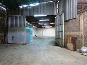 Galpon - Deposito En Ventaen Caracas, Industrial Las Nayas, Venezuela, VE RAH: 15-9500