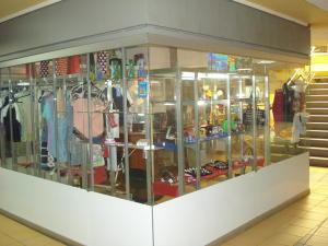 Local Comercial En Ventaen Guatire, Guatire, Venezuela, VE RAH: 15-9553