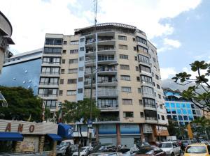 Apartamento En Ventaen Caracas, La Carlota, Venezuela, VE RAH: 15-9661