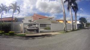 Casa En Ventaen Caracas, Caurimare, Venezuela, VE RAH: 15-9645