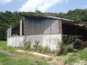 Galpon - Deposito En Ventaen Caracas, La Lagunita Country Club, Venezuela, VE RAH: 15-10451