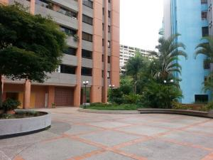 Apartamento En Ventaen Caracas, Las Esmeraldas, Venezuela, VE RAH: 15-10376