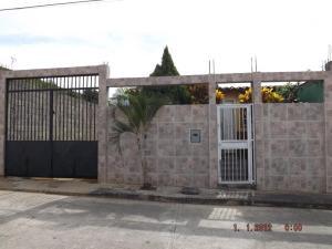 Casa En Ventaen Cua, Centro, Venezuela, VE RAH: 15-12142