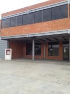 Local Comercial En Ventaen Valencia, Industrial Carabobo, Venezuela, VE RAH: 15-13800