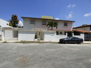 Casa En Ventaen Caracas, Alto Prado, Venezuela, VE RAH: 15-15739