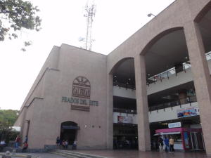 Local Comercial En Ventaen Caracas, Prados Del Este, Venezuela, VE RAH: 16-197