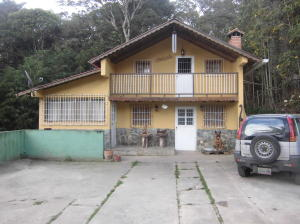 Casa En Ventaen La Colonia Tovar, La Colonia Tovar, Venezuela, VE RAH: 16-448