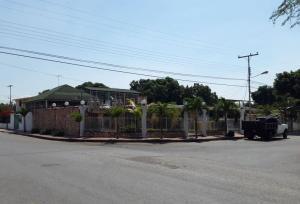 Casa En Ventaen Maracay, Fundacion Mendoza, Venezuela, VE RAH: 16-449
