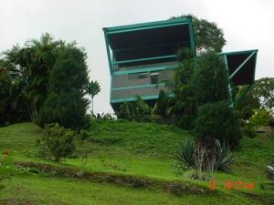 Casa En Ventaen Caracas, Karimao Country, Venezuela, VE RAH: 16-976