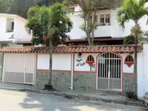 Casa En Ventaen Caracas, Alto Prado, Venezuela, VE RAH: 16-999