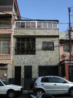 Local Comercial En Ventaen Caracas, Catia, Venezuela, VE RAH: 16-1495