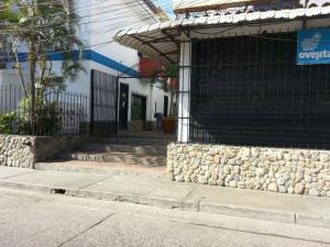 Local Comercial En Ventaen Higuerote, Higuerote, Venezuela, VE RAH: 16-1698