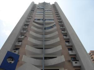 Apartamento En Ventaen Valencia, Valle Blanco, Venezuela, VE RAH: 16-1725