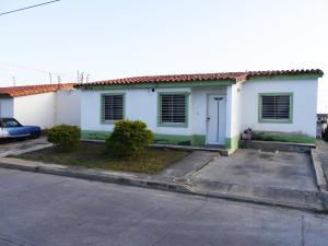 Casa En Ventaen Barquisimeto, Villas De Yara, Venezuela, VE RAH: 16-1719