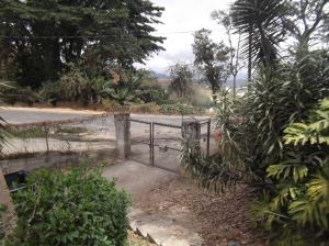 Terreno En Ventaen Municipio Guaicaipuro, El Bucare, Venezuela, VE RAH: 16-2693
