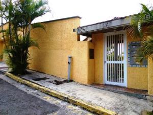 Apartamento En Alquileren Caracas, La Tahona, Venezuela, VE RAH: 16-2765