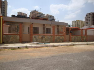 Casa En Ventaen Valencia, Las Chimeneas, Venezuela, VE RAH: 16-2832
