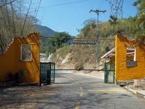 Terreno En Ventaen Municipio Naguanagua, La Entrada, Venezuela, VE RAH: 16-3253