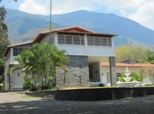 Casa En Ventaen Caracas, Country Club, Venezuela, VE RAH: 16-4463