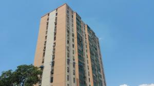 Apartamento En Ventaen Barquisimeto, Club Hipico Las Trinitarias, Venezuela, VE RAH: 16-5476