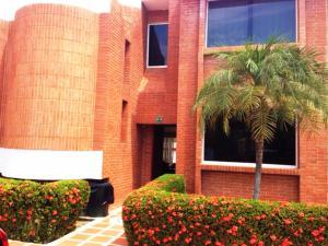 Townhouse En Ventaen Higuerote, Puerto Encantado, Venezuela, VE RAH: 16-5868