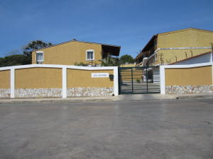 Apartamento En Ventaen Margarita, Pampatar, Venezuela, VE RAH: 16-6124
