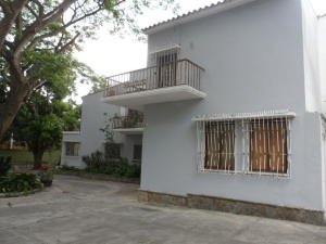 Casa En Ventaen Caracas, Country Club, Venezuela, VE RAH: 16-8167