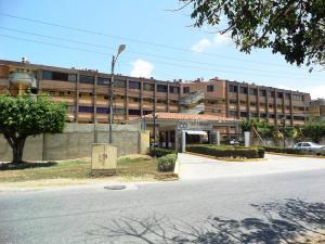 Apartamento En Ventaen Higuerote, Higuerote, Venezuela, VE RAH: 16-8249