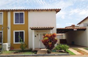 Casa En Ventaen El Tigre, Pueblo Nuevo Sur, Venezuela, VE RAH: 16-8815