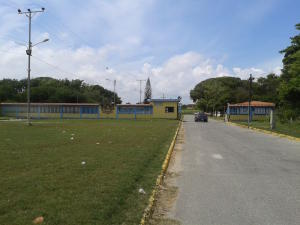 Terreno En Ventaen Higuerote, Higuerote, Venezuela, VE RAH: 16-8577