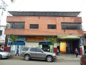 Edificio En Ventaen Charallave, Centro De Charallave, Venezuela, VE RAH: 16-9216