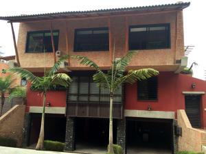 Casa En Ventaen Caracas, Alto Hatillo, Venezuela, VE RAH: 16-8915
