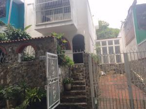 Apartamento En Ventaen Caracas, La Trinidad, Venezuela, VE RAH: 16-8940