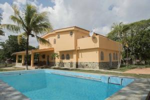 Casa En Ventaen Cabudare, El Paraiso, Venezuela, VE RAH: 16-10161