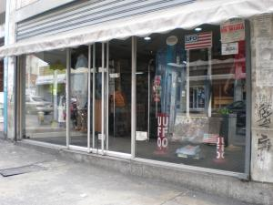 Local Comercial En Ventaen Caracas, Parroquia La Candelaria, Venezuela, VE RAH: 16-10415