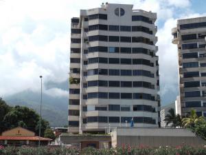 Apartamento En Ventaen Parroquia Caraballeda, Los Corales, Venezuela, VE RAH: 16-11143