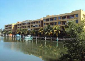 Apartamento En Ventaen Lecheria, Complejo Turistico El Morro, Venezuela, VE RAH: 16-11302