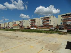 Apartamento En Ventaen Santa Teresa, La Raiza, Venezuela, VE RAH: 16-11399