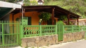 Casa En Ventaen Los Teques, Colinas De Carrizal, Venezuela, VE RAH: 16-11946