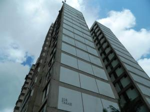 Apartamento En Ventaen Los Teques, Municipio Guaicaipuro, Venezuela, VE RAH: 16-12126
