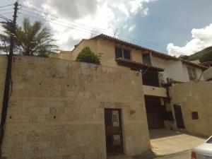 Casa En Ventaen Caracas, Los Palos Grandes, Venezuela, VE RAH: 16-12087