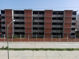 Apartamento En Ventaen Guarenas, Camino Real, Venezuela, VE RAH: 16-12430