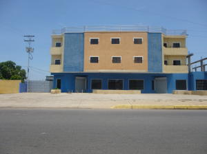Local Comercial En Ventaen Ciudad Ojeda, La Tropicana, Venezuela, VE RAH: 16-12367