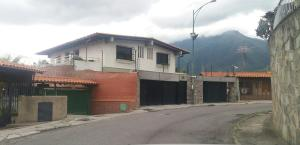 Casa En Ventaen Caracas, El Marques, Venezuela, VE RAH: 16-13300