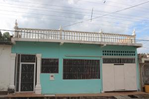 Casa En Ventaen Cua, Colinas De Sta Barbara, Venezuela, VE RAH: 16-13412