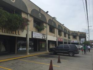 Local Comercial En Ventaen Ciudad Ojeda, Avenida Bolivar, Venezuela, VE RAH: 16-15147