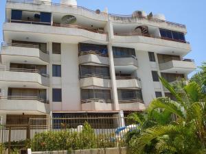 Apartamento En Ventaen Parroquia Caraballeda, Tanaguarena, Venezuela, VE RAH: 16-15493
